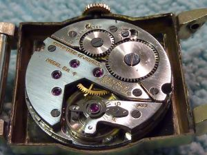 Swiss made BA 4 Benrus movement 17j original.