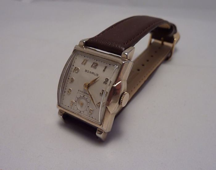 Fitted De-Modell leather strap 16mm