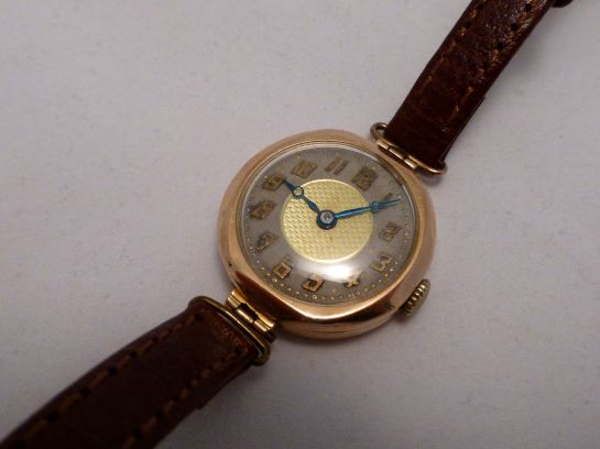 1929 Buren Swiss ladies model 9ct gold case.