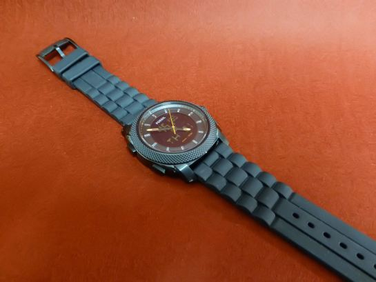 Fossil with flexible rubber strap & black IP steel case