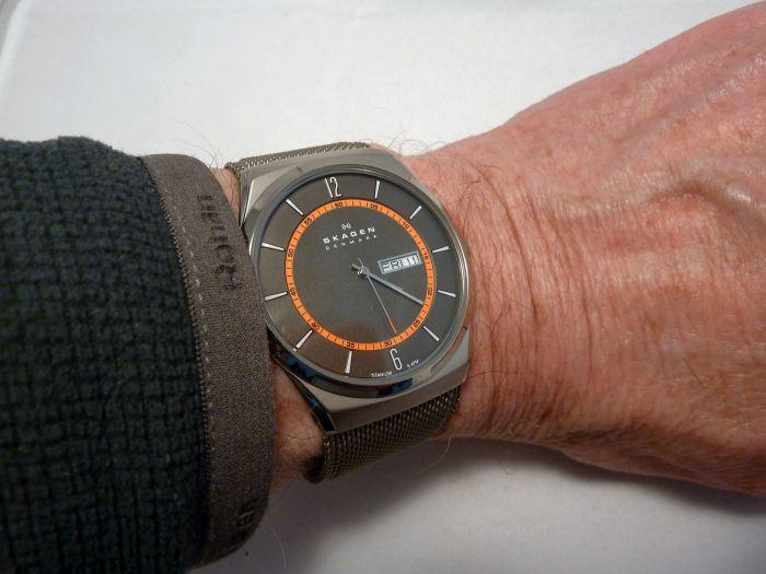 Neat Skagen dress watch at 40mm x 8mm