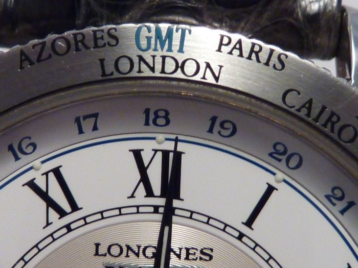 GMT Word Time City zones bezel - GMT rotating 24hr disc, Hour Numerals