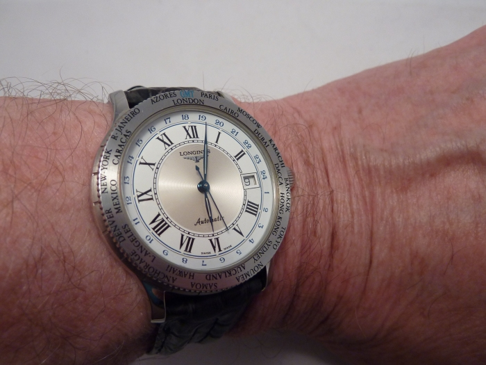 Comfortable on the wrist and a sensible size at 38mm diameter.