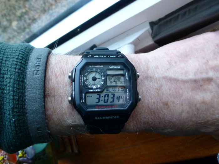 On the wrist - pretty good even on my small wrist 175mm.