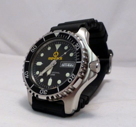 Apeks AP0406 Mens 200m Professional Dive Watch