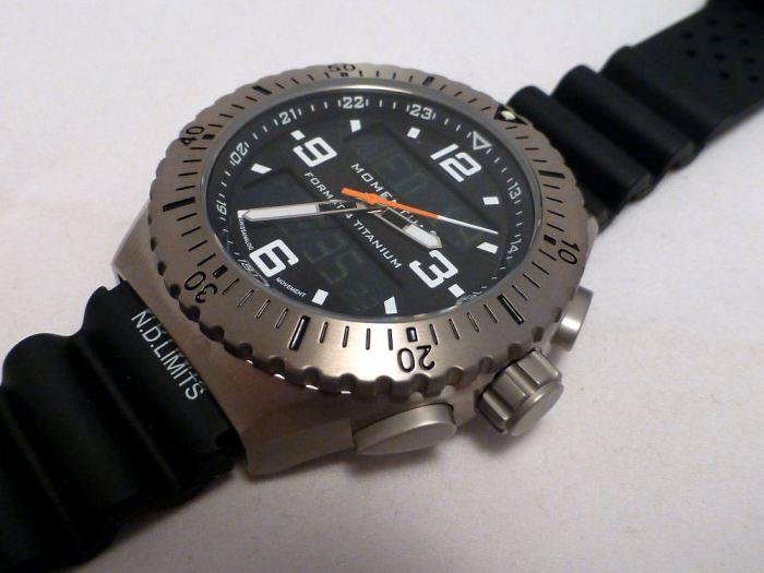 St Moritz Momentum Format 4 - a classic tough watch