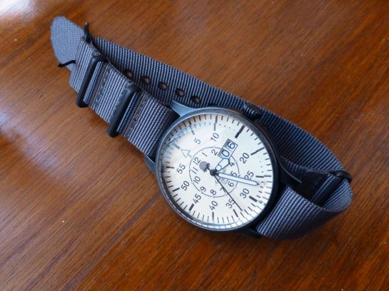 Military Flier, BIG Date from Aeromatic (A1408) in Nato strap
