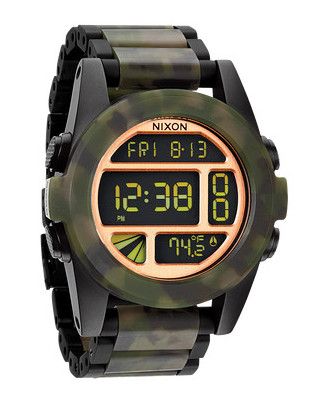 The Nixon Unit SS in Matt/Black Camo version.