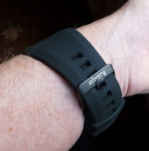 Soft rubber tapered strap with buckle - comfortable fit.