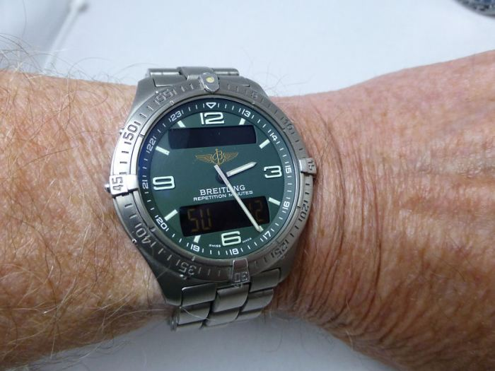Breitling Aerospace Quartz - one of the clearest dials you'll ever see.