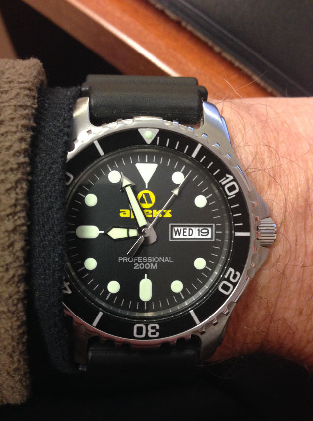 professional capability space watches excellent tag watch is low light apeks dive