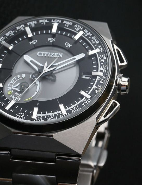 Citizen Satellite Wave F100 Model: CC2006-61E
