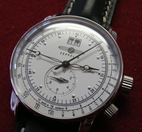 Zeppelin 100 years Dual Time - Swiss Quartz Ronda 6203.B