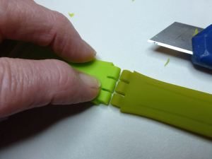 First trial - cut out a new green silicon strap as the original dovetail end