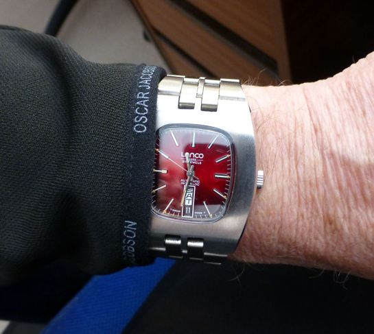 Wears quite big on the wrist, this Lanco, but looks great!