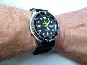 Apeks 200m Diver
