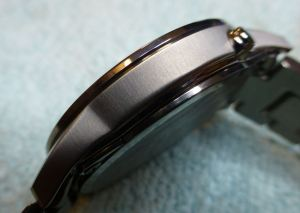 Note the quality brushed finish of the Titanium case sides